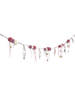 Pom Pom Garland Mix Pink Side High Def